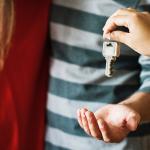 Umowa przedwstępna sprzedaży nieruchomości – jaka forma?